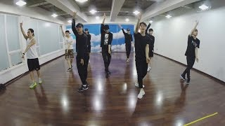 Gambar cover EXO 엑소 'LOVE ME RIGHT' Dance Practice