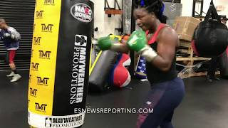 Claressa Shields number 1 female boxer in the world - EsNews boxing