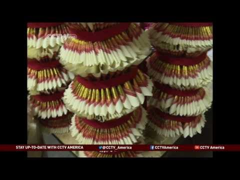 Hokkein People Keep Chinese Traditions in Melaka
