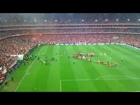 Benfica 2-0 Olhanense - Final do jogo - CAMPEÕES