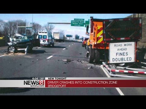 State Police remind residents of Move Over Law after accident on I-95 - Dauer: 32 Sekunden