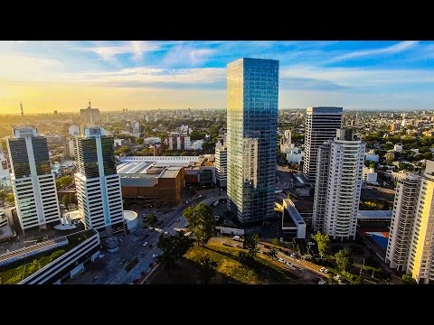 Vista aérea World Trade Center MONTEVIDEO (4K)