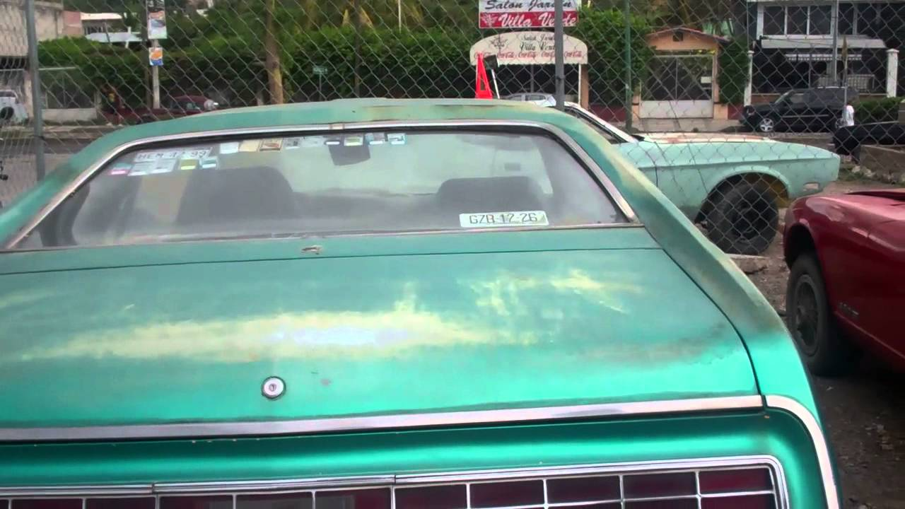 Checked Out some Old Classic Cars - Iguala, Mexico - YouTube