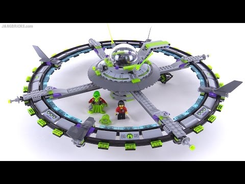 LEGO Alien Conquest Mothership from 2011! set 7065
