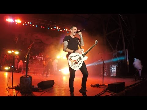 Theory Of A Deadman Concert 7-23-15 Central Point, Oregon