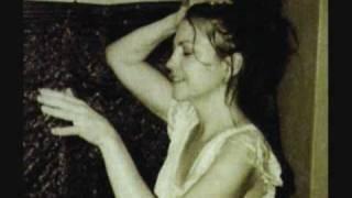 Lisa Germano - Everyone's Victim (with lyrics)