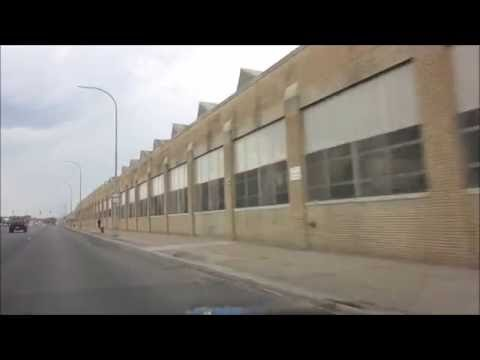 DETROIT'S FORMER FORD LINCOLN MOTOR PLANT/SURROUNDING SLUMS