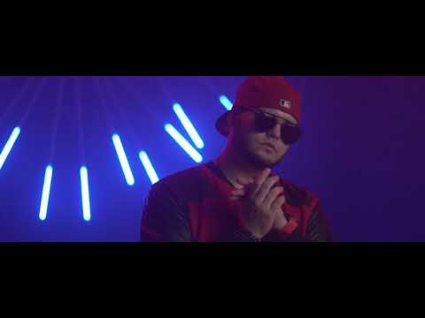 Alex Nunes Ft. Skinny Puma - Muevelo (Official Video)