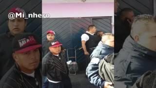 Policias vs barrio + balazos ๏ Miñero cronista