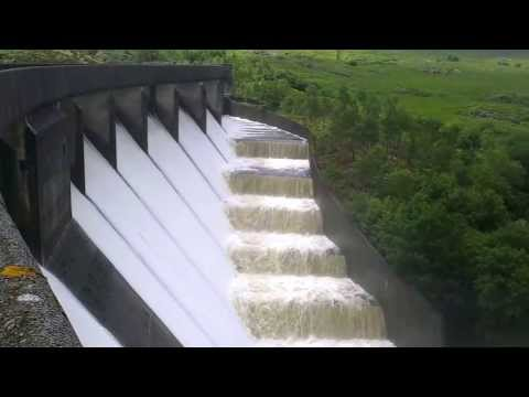TRAWSFYNYDD DAM WITH OVERFLOW FROM LAKE