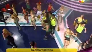 Tuteve.tv / Combate: Paloma Fiuza y Brenda Carvalho revivieron sus épocas de Axé