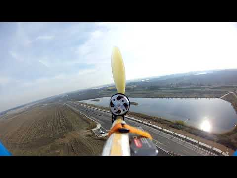 Slow Stick HD over the Big Pond - Motor failure at 1:40