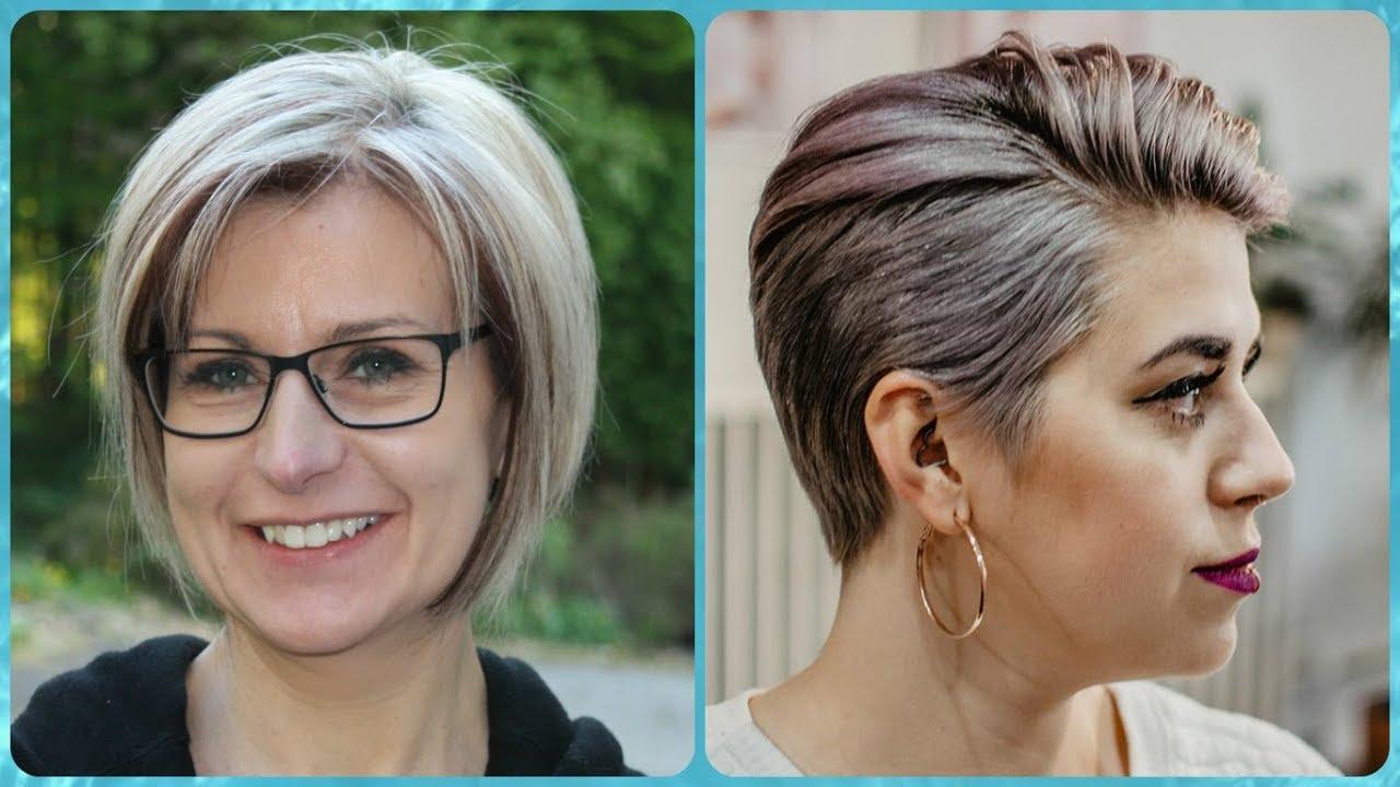 Moda tagli di capelli corti per donne di 50 anni estate 2018