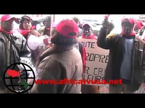 marche des senegalais devant le consulat du Senegal a New York Par Alioune Sene