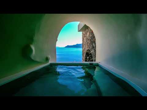 The most romantic hotel in Europe? Discover Canaves Oia Suites in Santorini, Greece