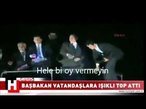 Recep tayyip erdoğan vatandaşa ışıklı atıyor (Altyazı edition)