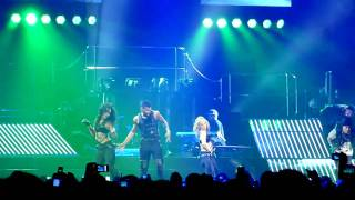 Usher - yeah live omg tour at the o2 arena in london 2011