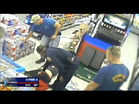 Mansfield firefighter takes down armed robber