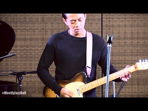 Indra Lesmana & Friends ft. Eva Celia - Aku Ingin @ Mostly Jazz in Bali 25/09/2016 [HD]