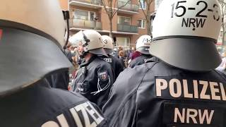 [Live] Demo in Kalk - großer Polizeieinsatz