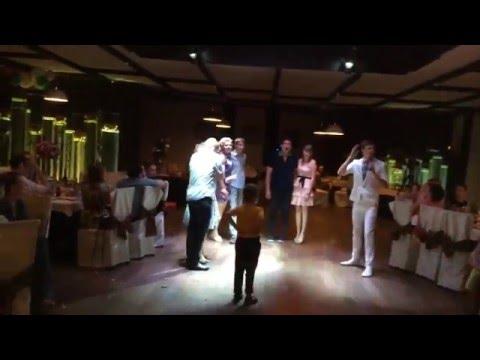 Веселый активный танцевальный непошлый современный конкурс на свадьбе от Романа Громова