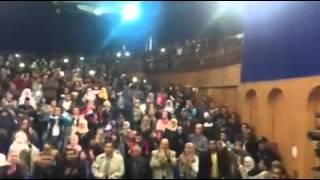 العربية نيوز| بالصور والفيديو.. الجزائريون يستقبلون هشام الجخ بالتصفيق الحاد