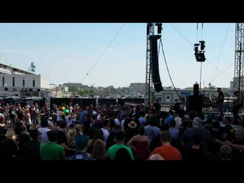 Punk Rock Bowling 2017 (Asbury Park, NJ) Bigwig - Girl in the Green Jacket