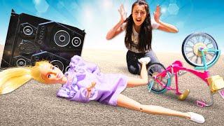 Barbie oyunları Sevcan ile. Barbie yeni bozuk müzik setini bisikletle geri gönderiyor