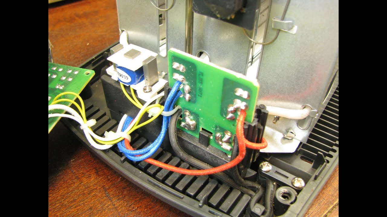 black and decker 2 slice toaster t2707skt repair and teardown [ 1280 x 720 Pixel ]