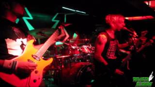 """Porno Thrasher"" de INTOXXXICATED en vivo por REVISTA SLIDERS"