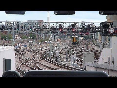 Trains at: London Bridge, 5 Sept 17