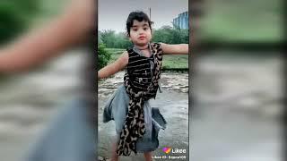 Cute Girl Dancing For Item Song