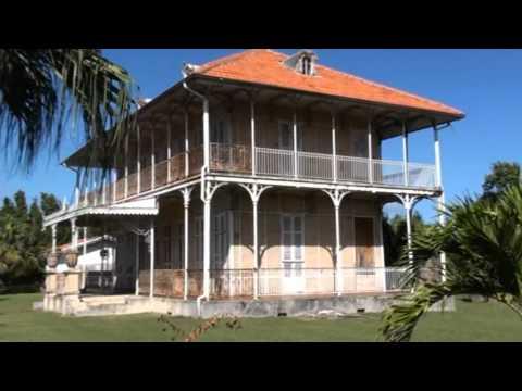 La maison z vallos teaser guadeloupe youtube for Andre maurois la maison