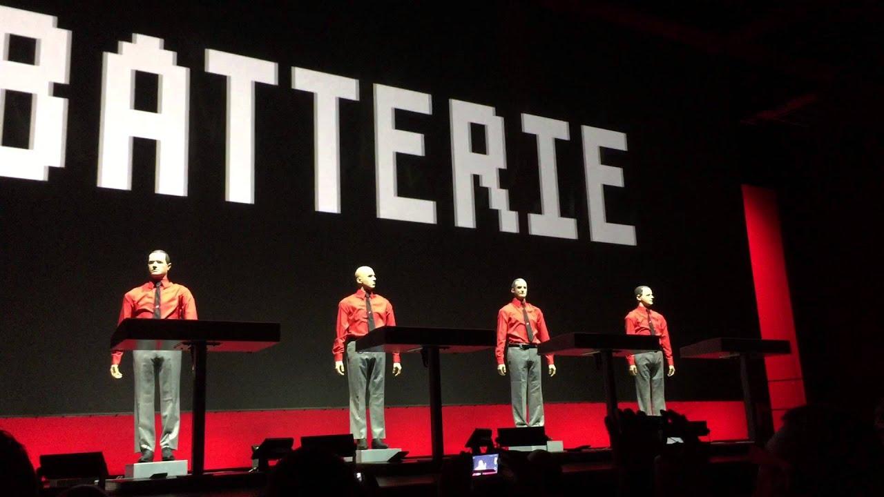 Kraftwerk 2015 3D LIVE Nationalgalerie Berlin Wir sind die ...Kraftwerk