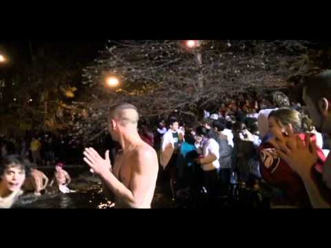 Ohio State Mirror Lake Jump 2010 HD (11/23/2010)