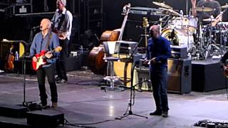 Mark Knopfler - Nîmes 2013 - Postcards from Paraguay (+intro the band)
