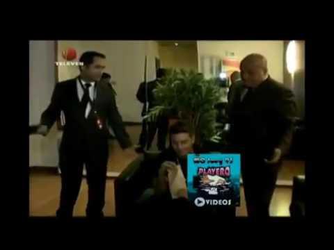 J Balvin se cae en la boda de Nicky Jam