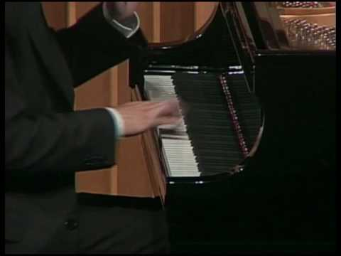 Sean Chen plays Elliott Carter's Caténaires (2006)