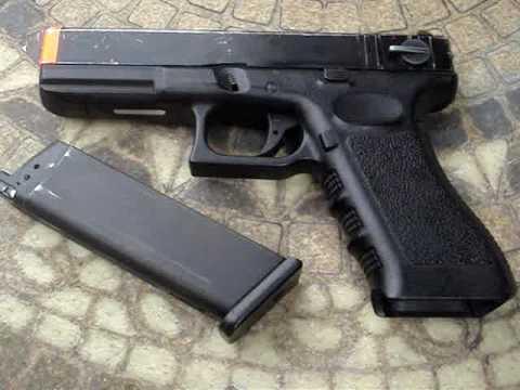 Andrea thompson a gun a car a blonde 01 - 5 1