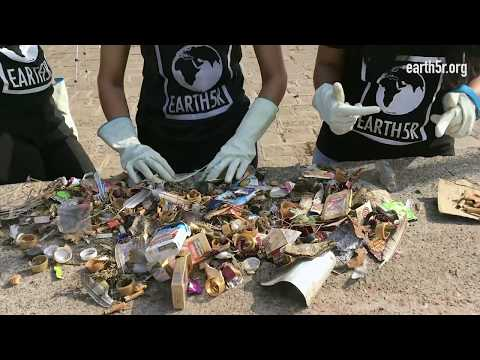River cleanup  and awareness at Pune by environmental organisation Earth5R