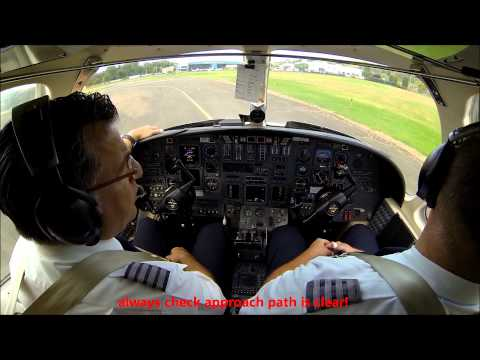 Citation V jet - cockpit view with live ATC!