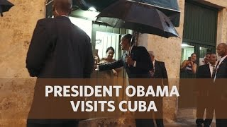 President Obama and the First Family Take a Walk in Old Havana