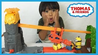Thomas and Friends NEW TAKE N PLAY Daring Dragon Drop unboxing playtime with Minions Ryan ToysReview
