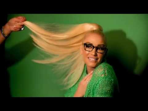 e71b9fbac6 Behind The Scenes of Gwen Stefani s 2019 L.A.M.B. and gx Shoot - YouTube