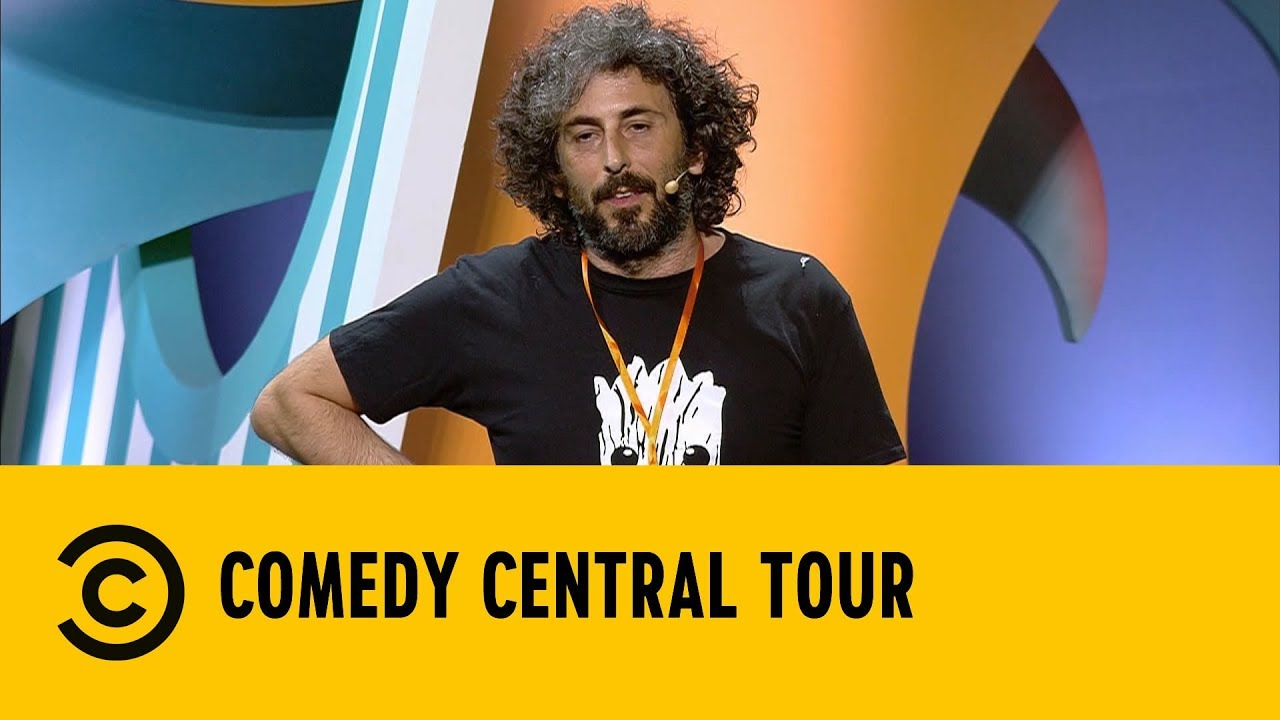 Vivere in un quartiere malfamato - Alberto Farina - Comedy Central Tour