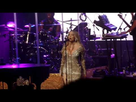 Shake It Off - Mariah Carey - Live at Foxwoods 10/14/2017