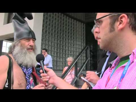 Zombie Survival Tips From Vermin Supreme