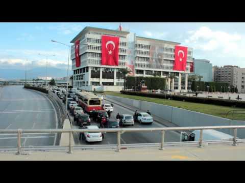 İzmir Konak Meydanı , 10 Kasım 2012  ...