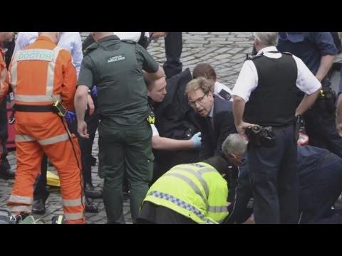 Tobias Ellwood: Politiker leistet in London Erste Hilfe und wird als Held gefeiert