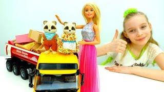 #ИгрыДляДевочек: Барби и Еноты #ВилладжСтори! Barbie #VillageStory #ДетскийМагазин Игрушки
